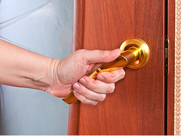 locksmith near JFK airport